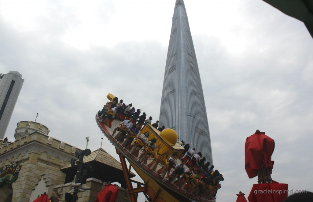 Behind Gyro Spin in action is Lotte World Tower, the 5th tallest building in the world.